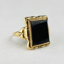 Load image into Gallery viewer, CLEARANCE!  Vintage yellow gold onyx ring