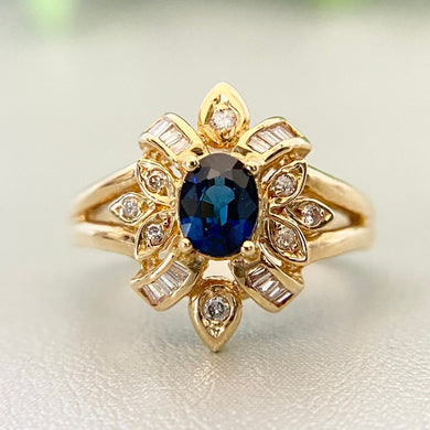 Estate Sapphire and diamond ring in 18k yellow gold