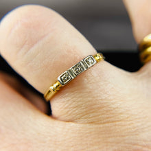 Load image into Gallery viewer, Vintage diamond ring in yellow gold