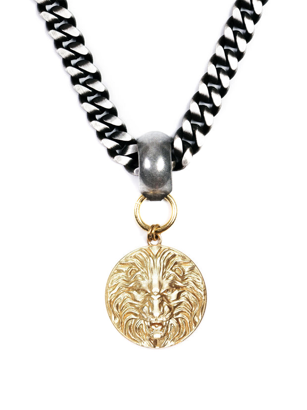 UNISEX Lioness Proverb Medallion Necklace Silver