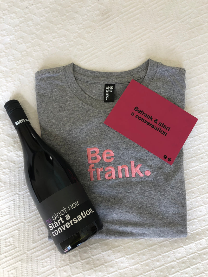 Gift Pack - Bottle of Pinot Noir + BeFrank Tee