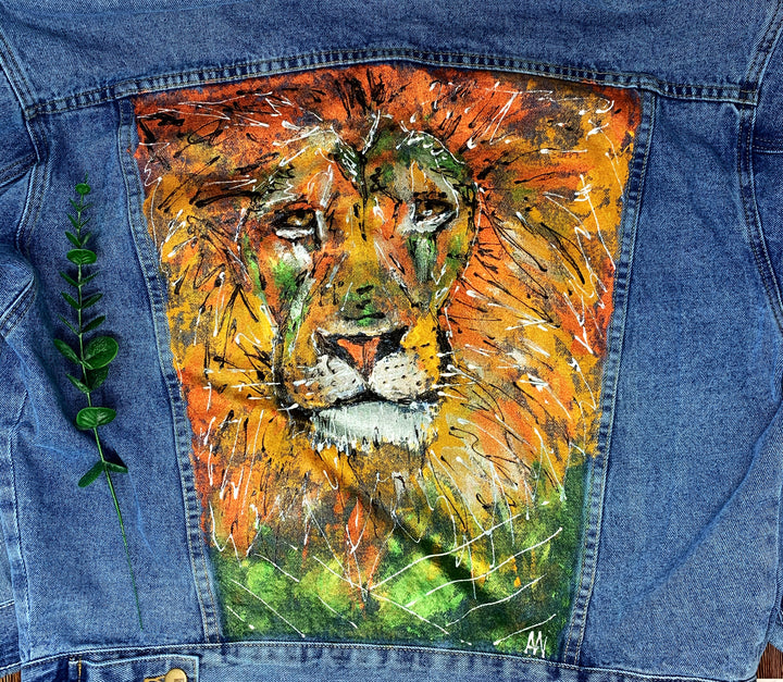 Lion Hand Painted 1of1 Original Oversized Boxy Cut Denim Jacket
