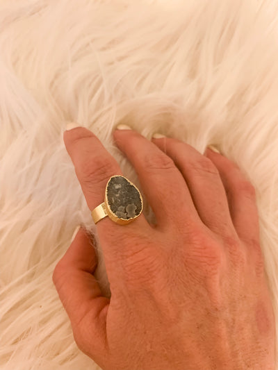 Druzy ring gold platted