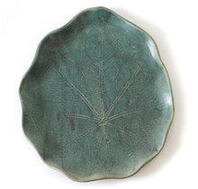 Load image into Gallery viewer, Seafoam Leaf Platter