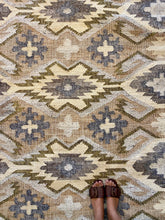 Load image into Gallery viewer, Santa Monica Kilim Rug