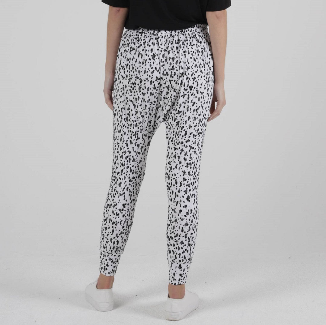 Betty Basics Barcelona Pants - Dalmatian