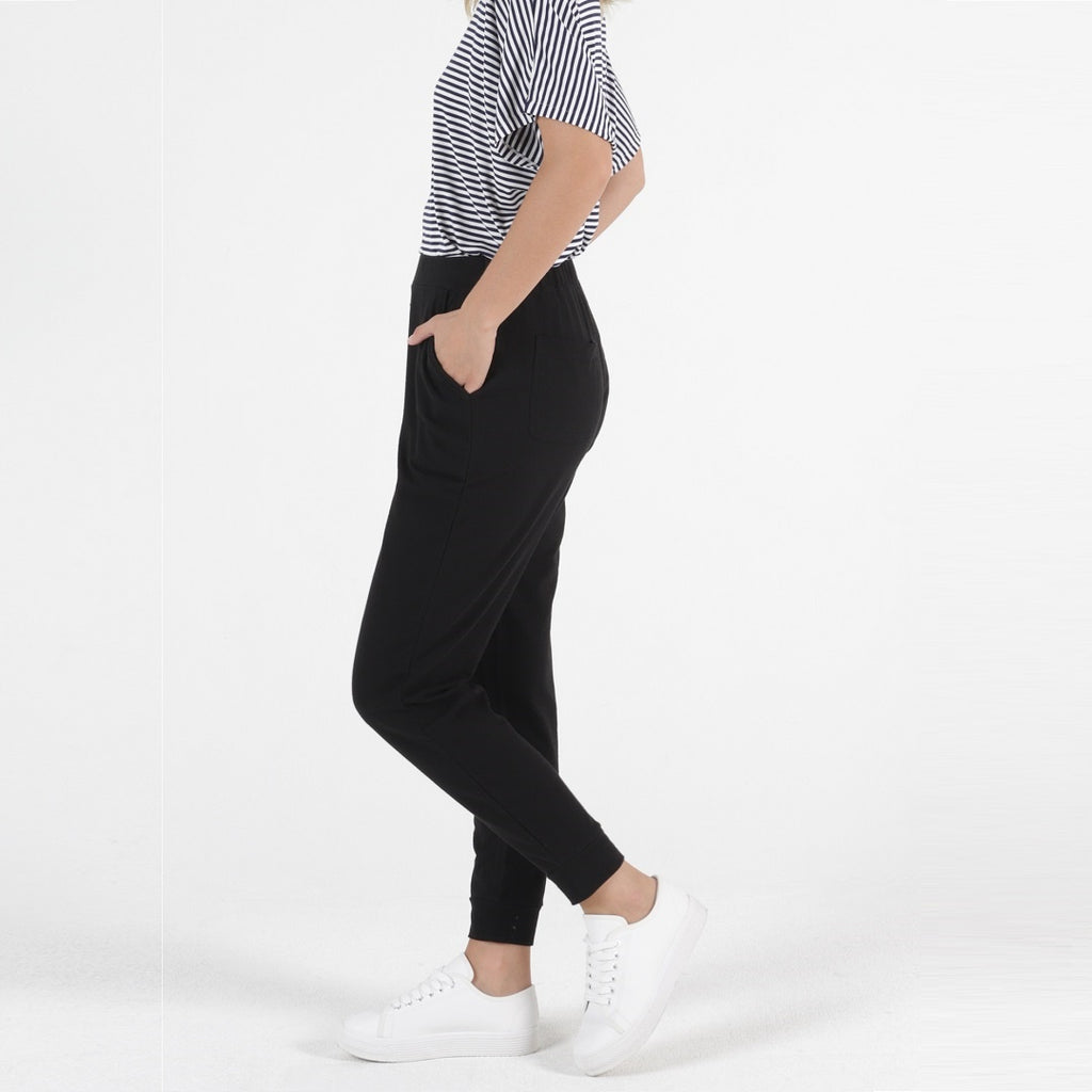 Betty Basics Lindsay Jogger - Black-Bottoms-6-My_Sister_Elle