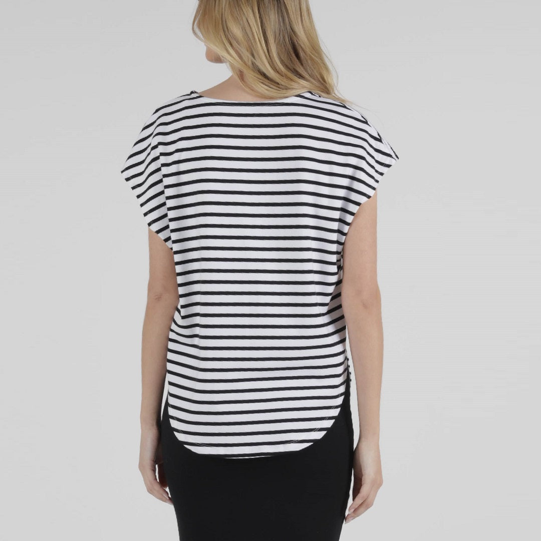 Betty Basics Tulip Top - B/W Stripe