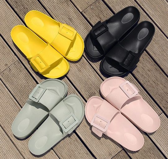 Flat Beach Slipper