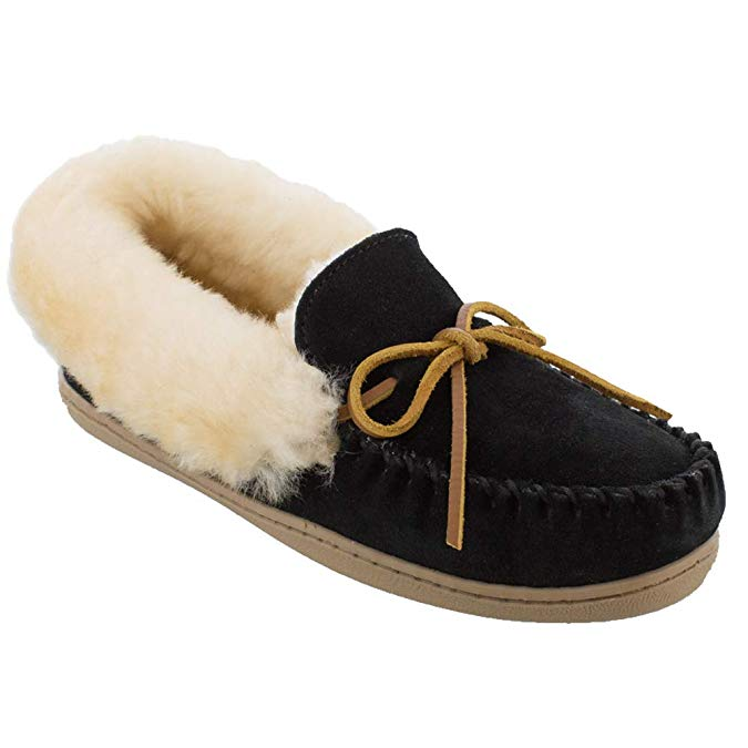 Minnetonka Womens Alpine Sheepskin Moccasin - Black Suede - Size 7