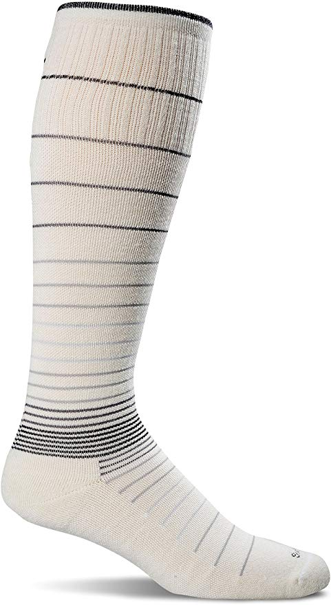Sockwell Womens Circulator Graduated Compression Socks Small/Medium - Natural