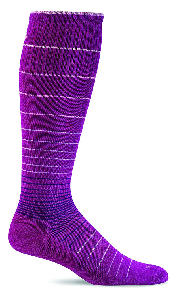 Sockwell Womens Circulator Graduated Compression Socks - Medium/Large - Violet
