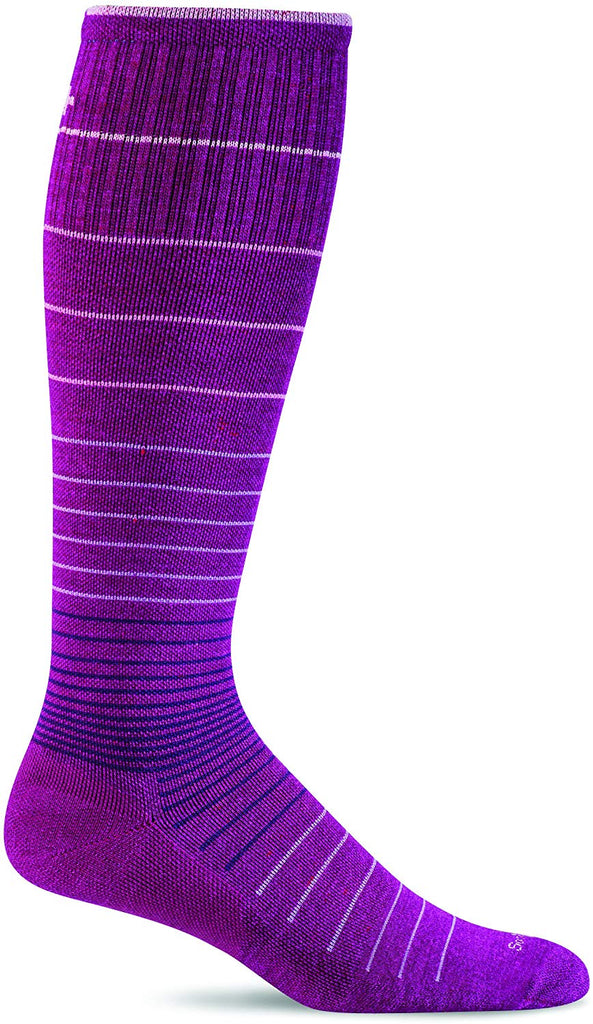 Sockwell Womens Circulator Graduated Compression Socks - Medium/Large(8-11) - Violet