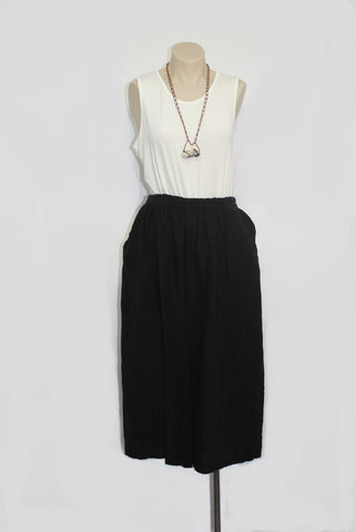 Linen Culottes in Black