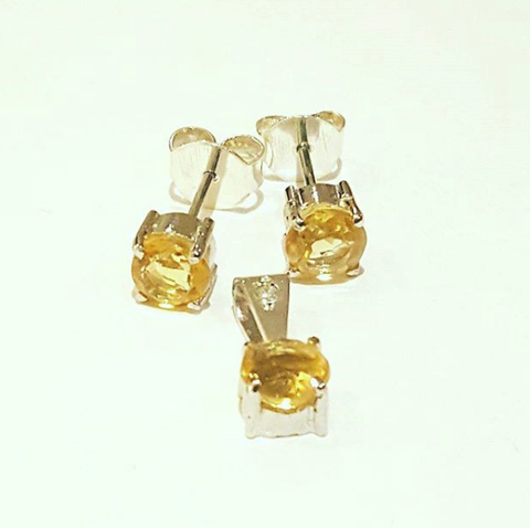 Citrine Pendant and Studs by Amnaès Inspiration