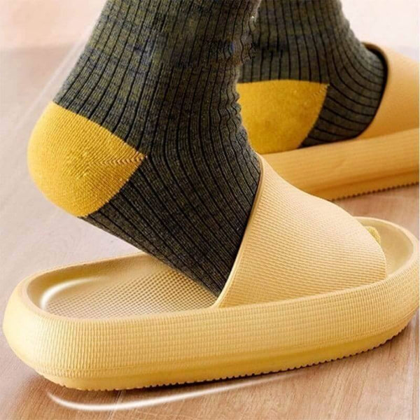 Universal Quick-drying Thickened Non-slip Sandals Yellow