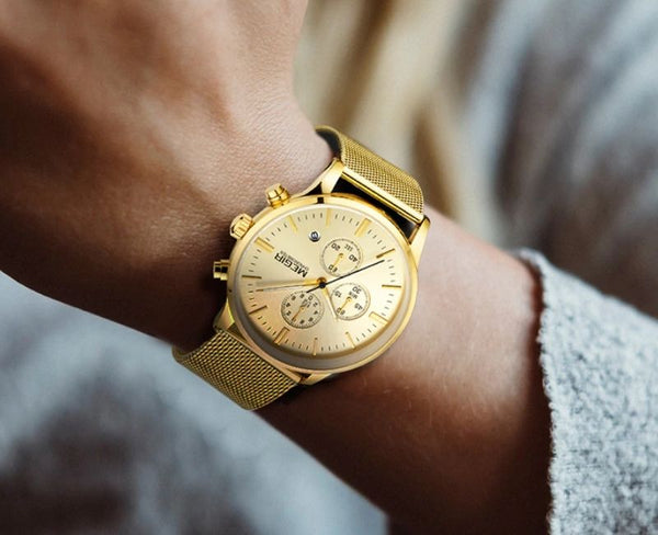 men wearing gold color Veran Stainless Steel Quartz Watch on the wrist