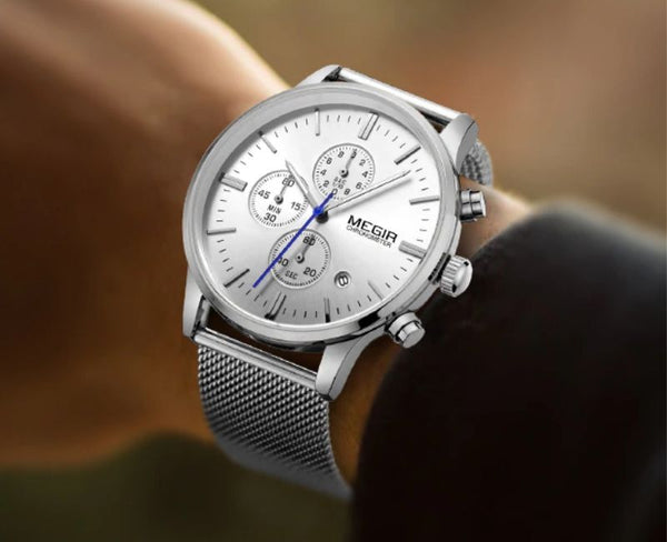 men wearing silver color Veran Stainless Steel Quartz Watch on the wrist