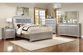 Shamrock King Bed, Dresser & Mirror