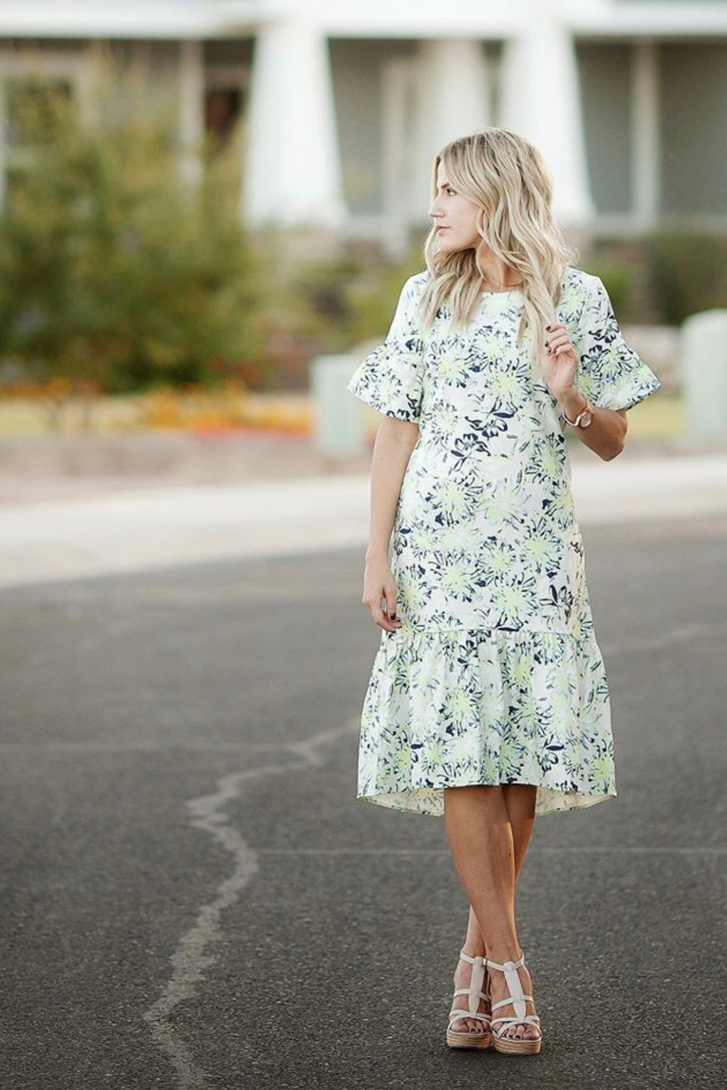 The Kallopie floral midi dress plus size