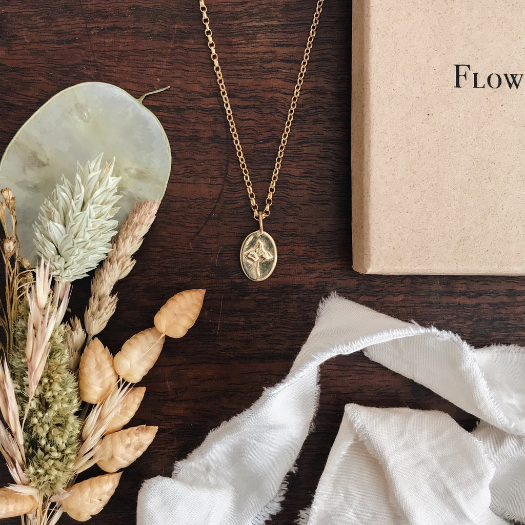 Ivy Charm Necklace Gold Plated