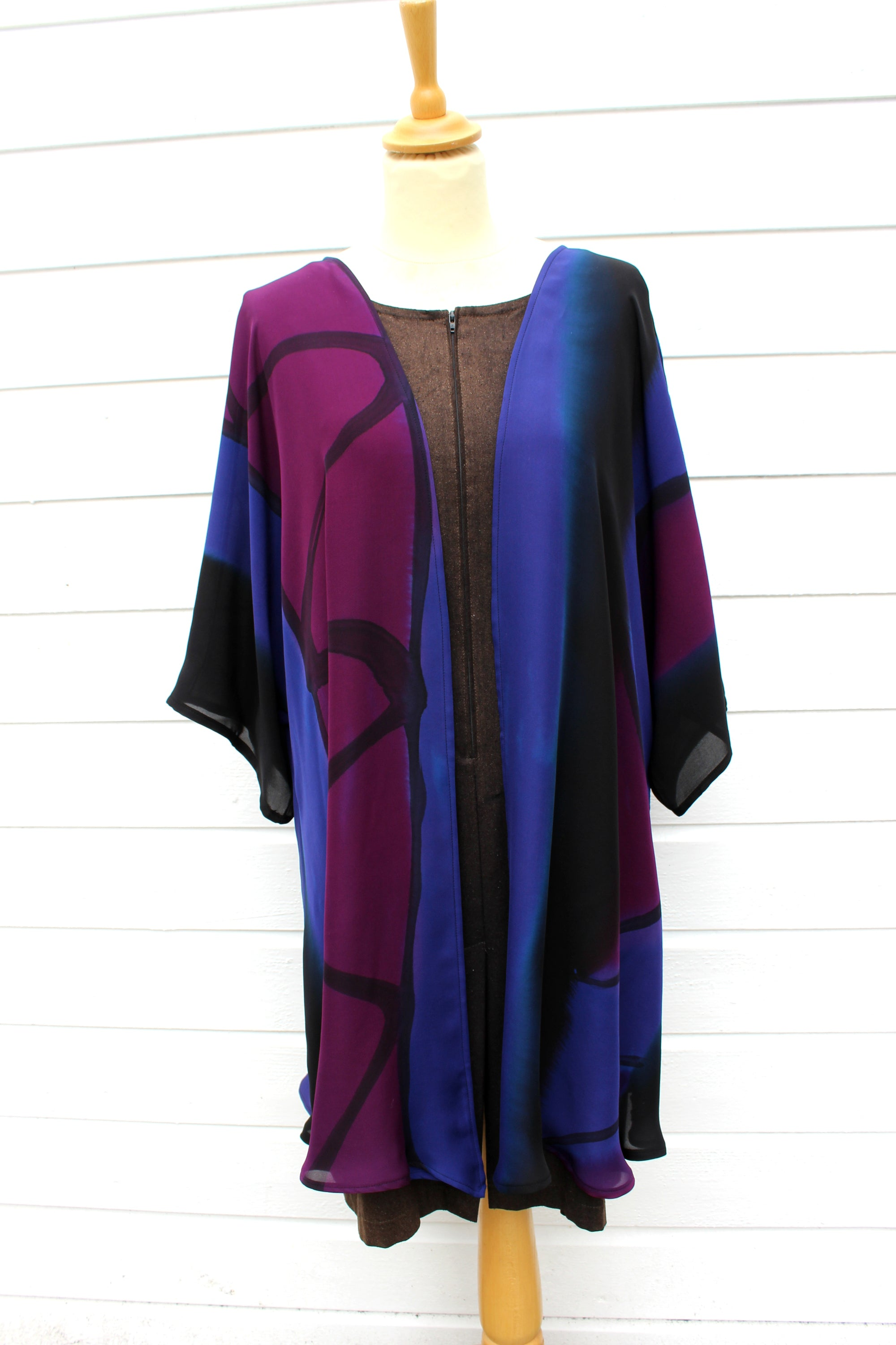 Hand painted silk jacket 2704