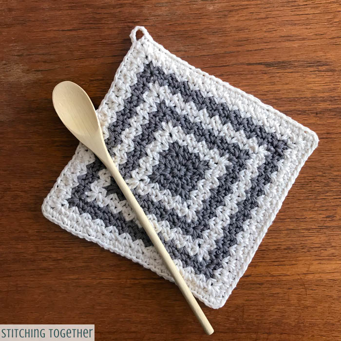 Country Crochet Hot Pad Pattern | Stitching Together