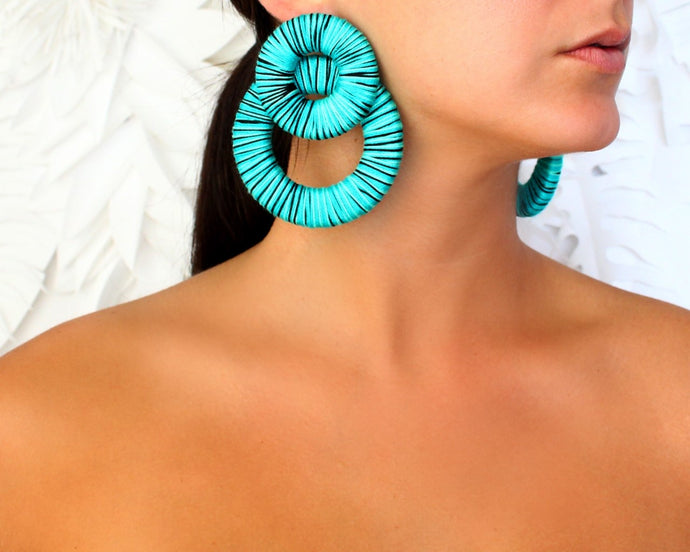 Round, Turquoise & black earrings
