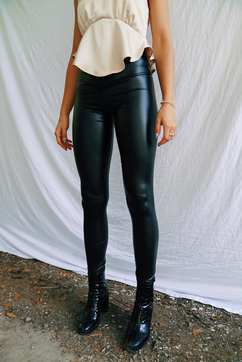 RESTOCKED: Ultra High Rise Liquid Leggings