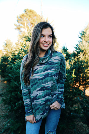 Waffle High Low Turtleneck - Camo