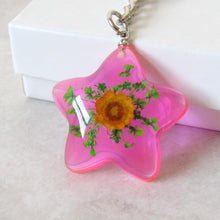 Load image into Gallery viewer, (On Sale!) Shooting Star Real Flower Necklaces