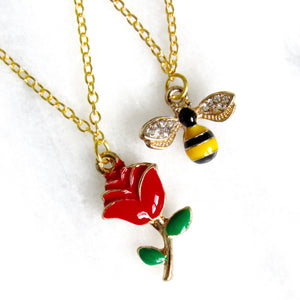 (New!) Buzzing Rose Necklace Set