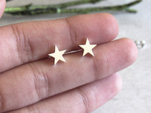 Load image into Gallery viewer, Silver Star Earrings