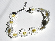 Load image into Gallery viewer, Daisy Choker
