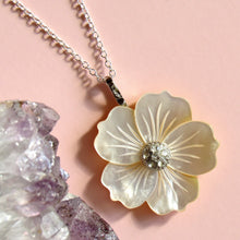 Load image into Gallery viewer, Mother of Pearl Floral Necklaces