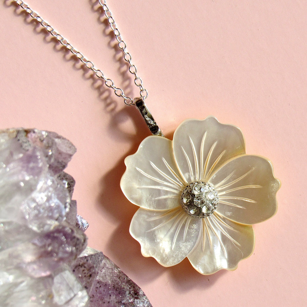 Mother of Pearl Floral Necklaces