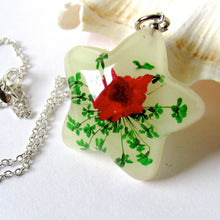 Load image into Gallery viewer, (On Sale!) Glow Real Flower Necklaces