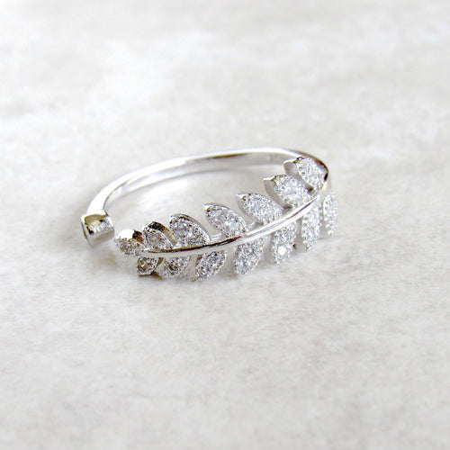 Sterling Silver Glistening Leaf Rings