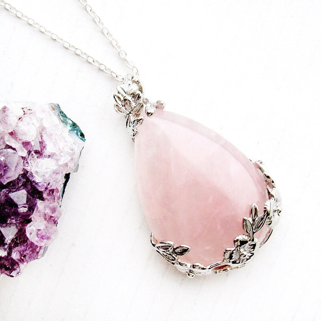 Blooming Rose Quartz Necklaces
