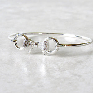 (On Sale!) Silver Bow Bangle