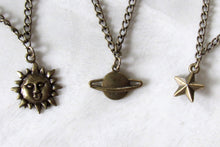 Load image into Gallery viewer, Bronze Star Choker