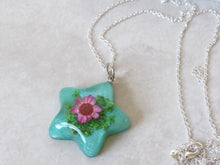 Load image into Gallery viewer, (On Sale!) Blooming Star Real Flower Necklaces