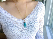 Load image into Gallery viewer, Teal Cracked Quartz Point Necklaces