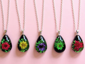 (On Sale!) Vivid Violets Real Flower Necklaces
