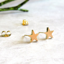 Load image into Gallery viewer, Gold Star Earrings