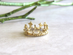 Gold Queen Rings