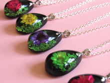 Load image into Gallery viewer, (On Sale!) Spring Real Flower Necklaces