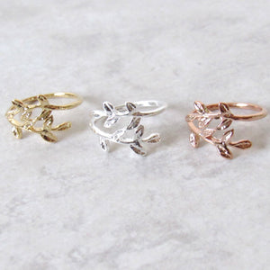 Glistening Leaf Stem Ring