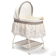 Load image into Gallery viewer, Delta Children Deluxe Sweet Beginnings Bassinet, Falling Leaves