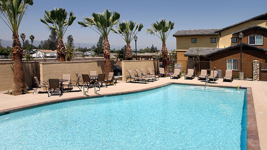 Jamboree's Ceres Way Fontana, CA affordable community pool